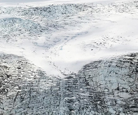 flyout-landing-glacier